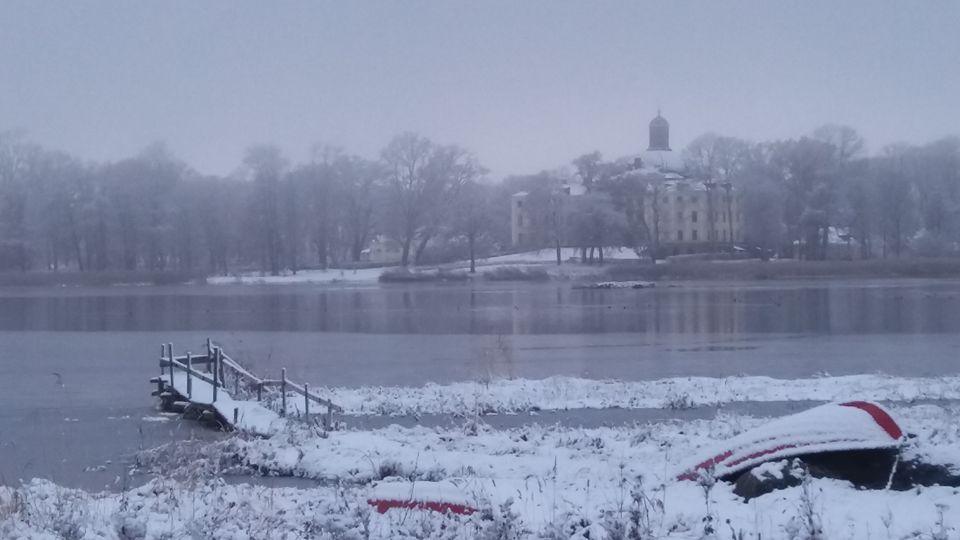 Örbyhus slott i vinterskrud. Foto: Bertil G